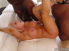 Nikki Delano is about to hit the road. She`s a feature dancer, and she loves going from town to town, meeting new fans, and stripping for them! Nikki has one problem: she needs a security team. You know...a couple big men to escort her into the club; whil