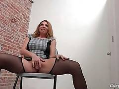 Kiki Daire Looks For Some Nasty Sex Fun 2